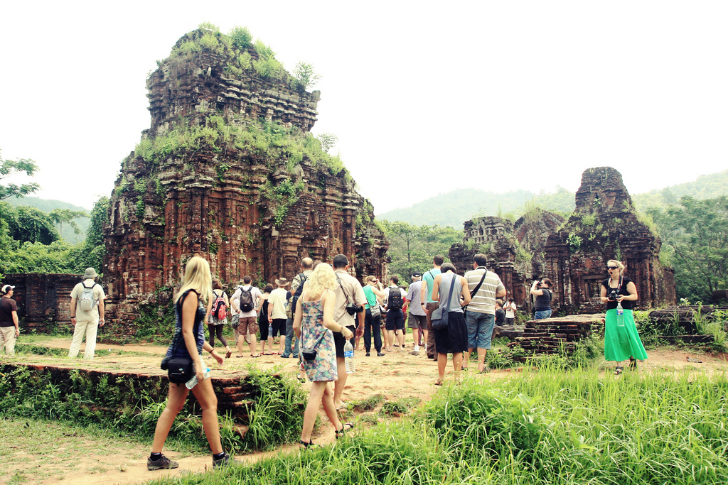 Tourists come to My Son Sanctuary - Photo: Internet