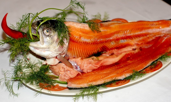 Rainbow trout, a famous kind of fish in Europe, has been bred in Sapa for the first time - Photo: Internet