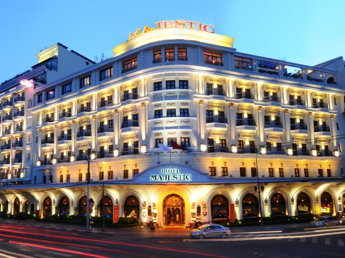 "Hotel Majestic Saigon was voted as a ""warm hotel"" by The Guide - Photo: Internet"