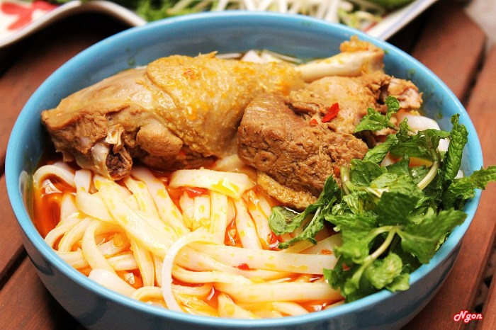 Mi Quang of Hoi An attracts tourists by its delicious flavor - Photo: Internet