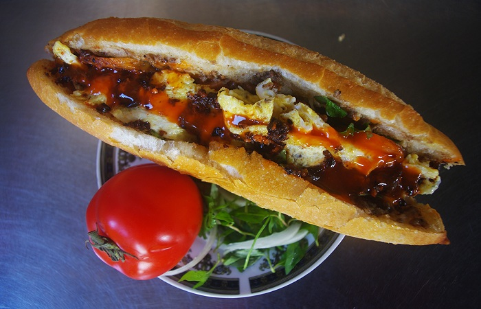 "Hoi An banh mi was commented ""a pretty magical sandwich"" by one BBC journalist - Photo: Internet"