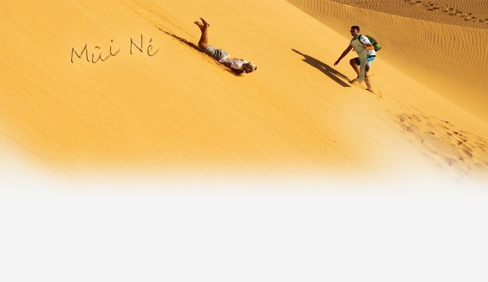 The higher you climb on the sand dune, the more exciting it is when you slide down - Photo: Internet