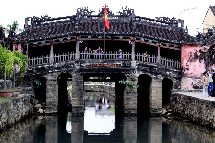 Pagoda Bridge in Hoi An (Vietnam) performed the function of traffic regulation and is a religious place of the locals - Photo: Internet