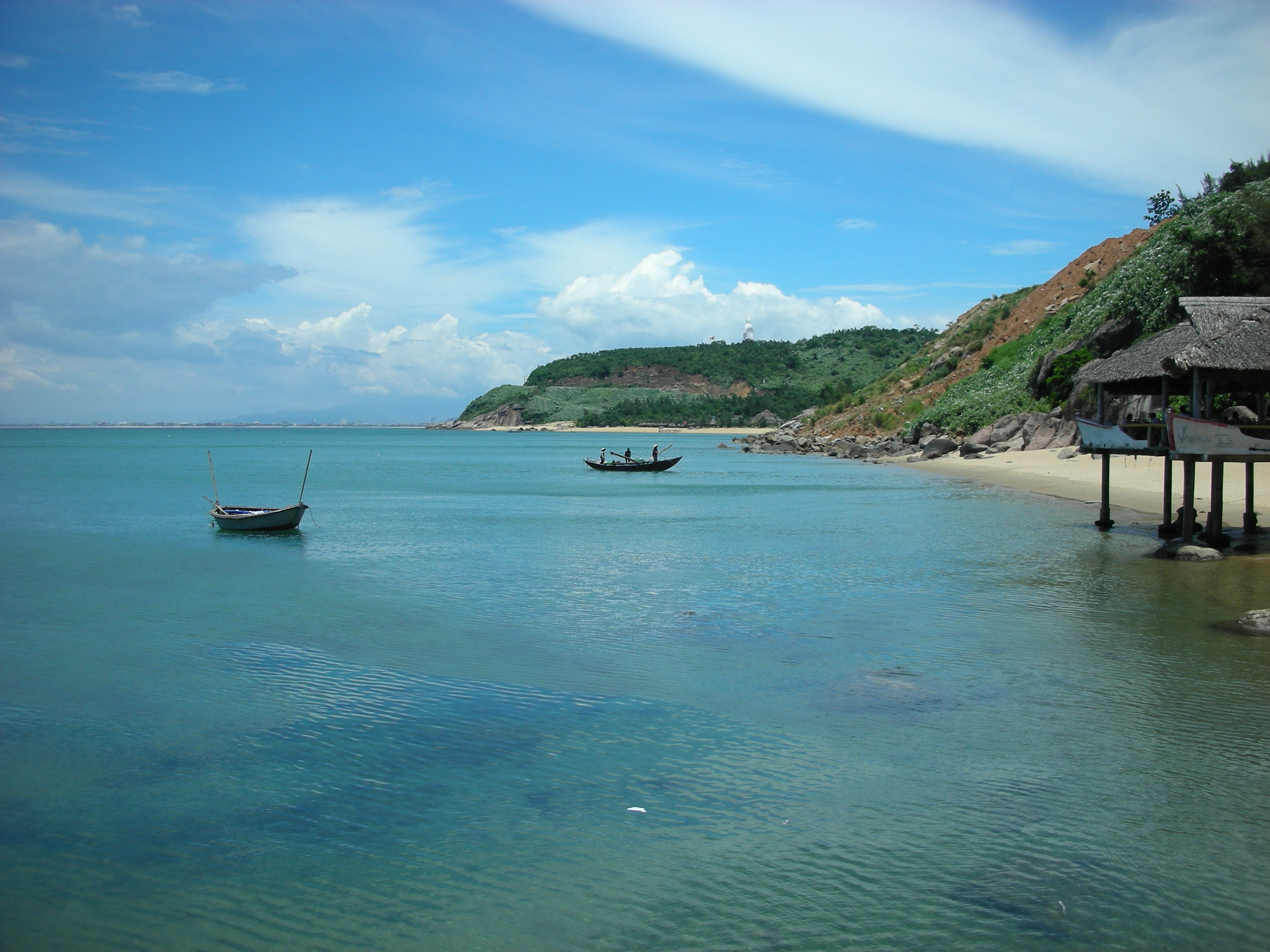 Tra Co beach (Mong Cai City, Quang Ninh Province, North of Vietnam) - Photo: Internet
