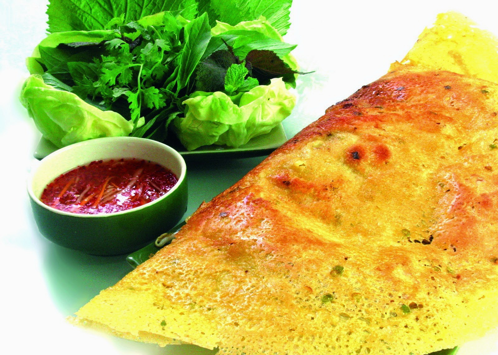 "Banh Xeo (or Vietnamese crepe) is one the most ""hunted"" street food in Vietnam"