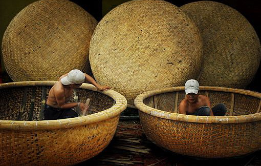 Basket boat making village, Phu Yen Province, Central of Vietnam - Photo: Internet