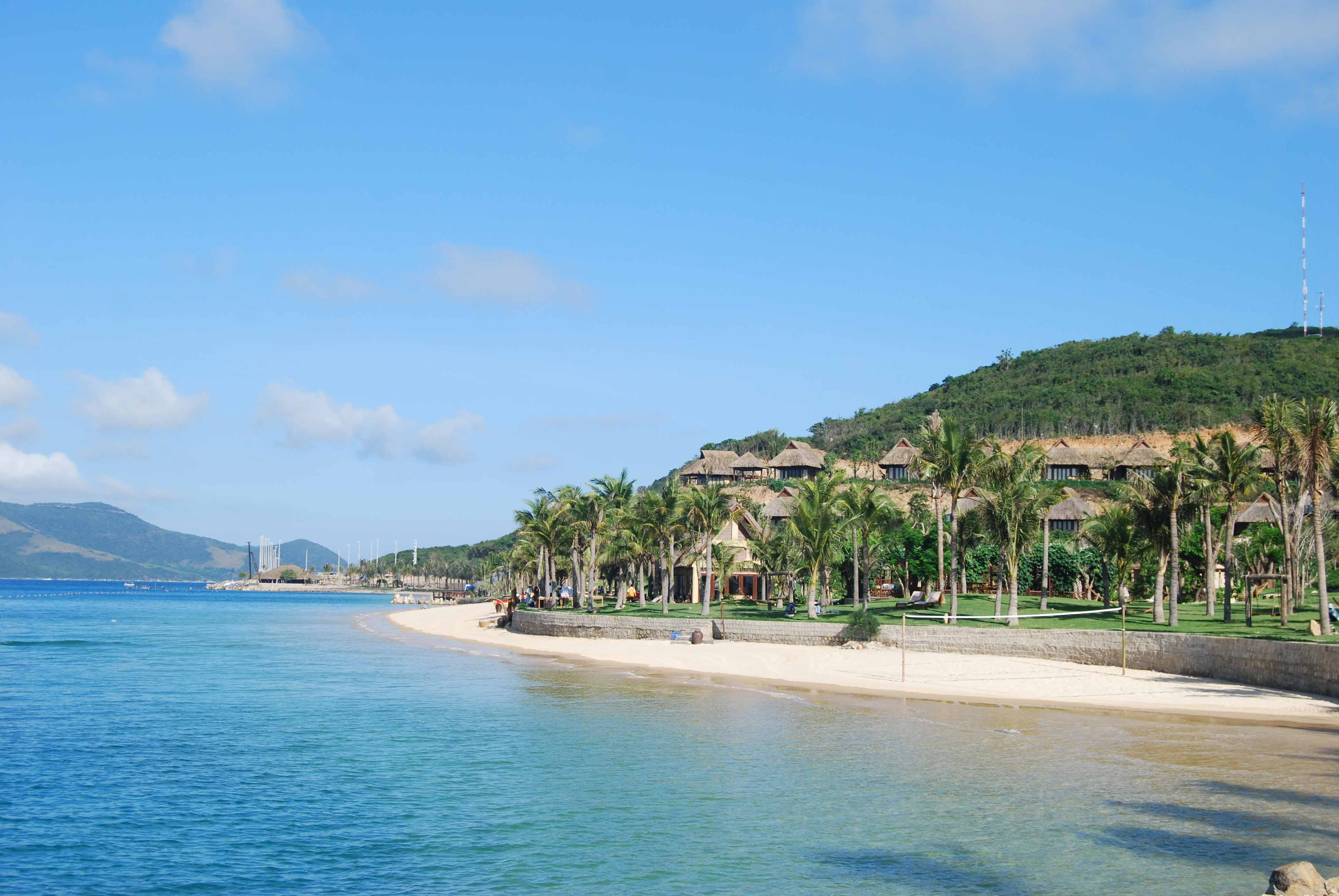 Hon Tam Island about 7 m far from Nha Trang to the Southeast has wonderful beaches - Photo: Internet