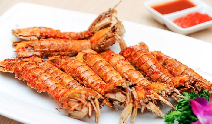 Mantis shrimp is a dish that you should not miss when visiting Co To Island - Photo: Internet
