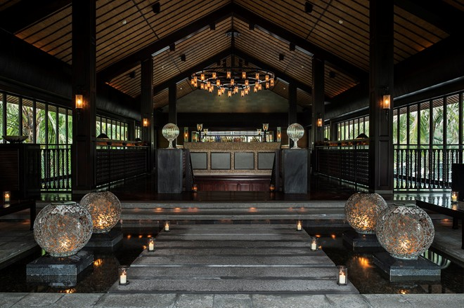 Furniture in the main resorts are designed with black wood, brings a touch of sophistication and elegance