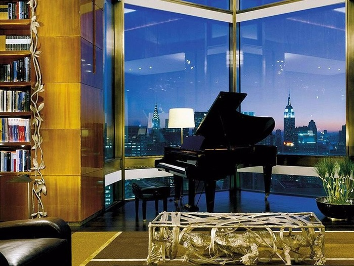 The highest hotel suite in New York