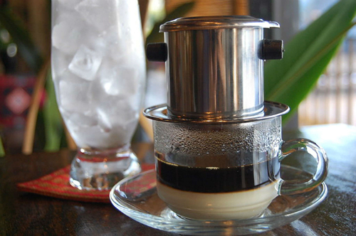 Travelers should at least once try café in Vietnam