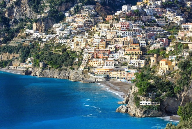 Positano, Italy: The village on the Amalfi Coast is considered the quintessence of Italy with the colorful houses on the coastline and gravel beaches.