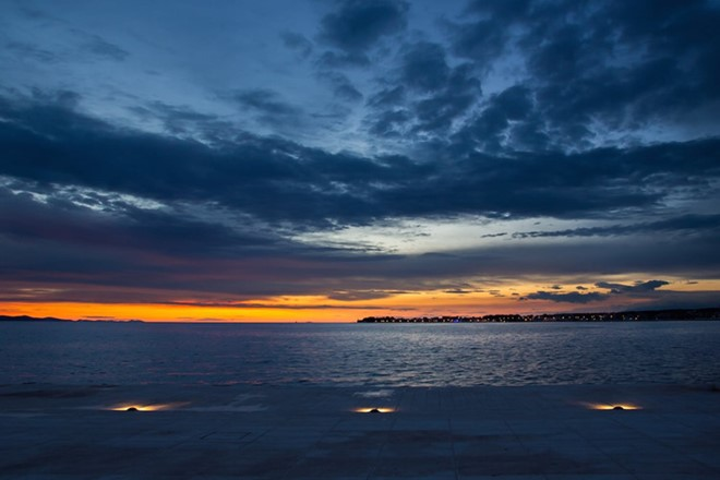 Zadar, Croatia: Zadar sunset scene makes anyone want to experience a once in a lifetime.