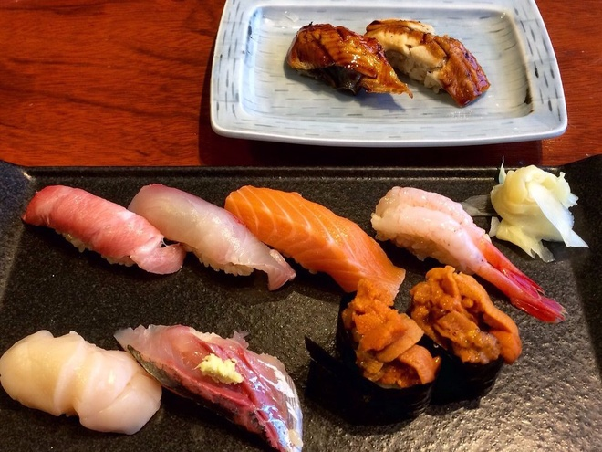 Pieces of sushi are amazingly fresh that you may not believe they are processed at the airport